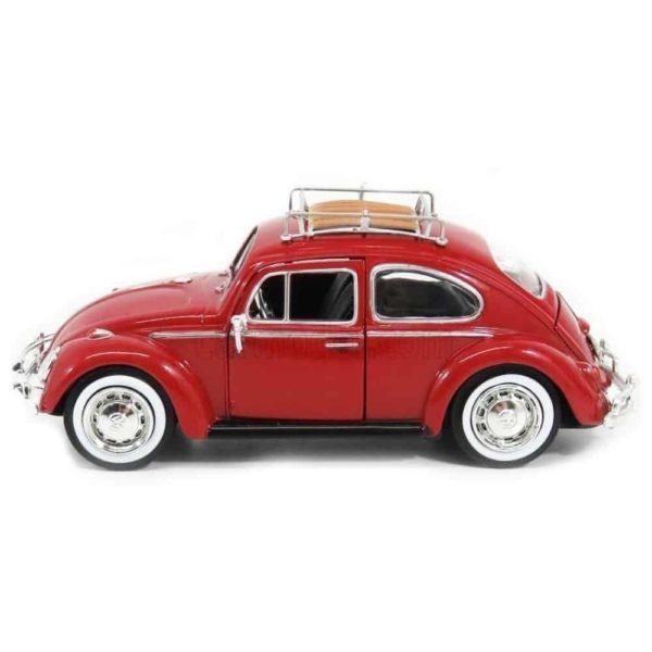سيارة فولكس واجن علي شكل الخنفساء مع رف الأمتعة على السطح من موتور ماكس