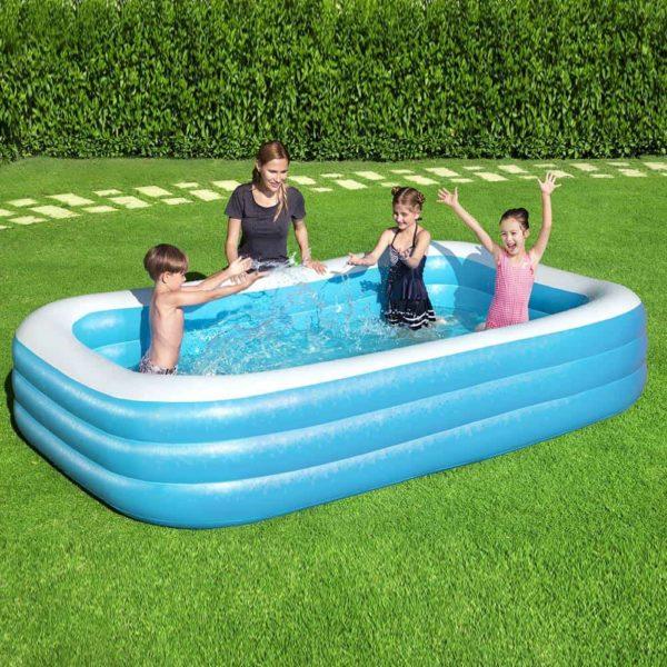 بيست واي - حمام سباحة ازرق مستطيل الشكل
