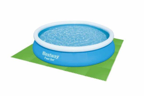 بيست واي – عبوة من 8 قطع لحماية أرضيات حمامات السباحة 81سم*81سم