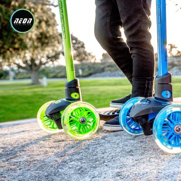 Neon glider- green