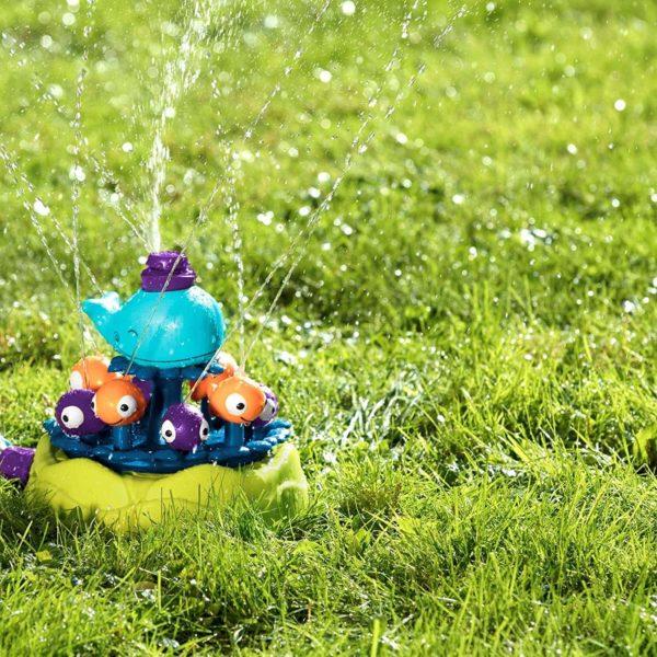 whale sprinkler b-toys